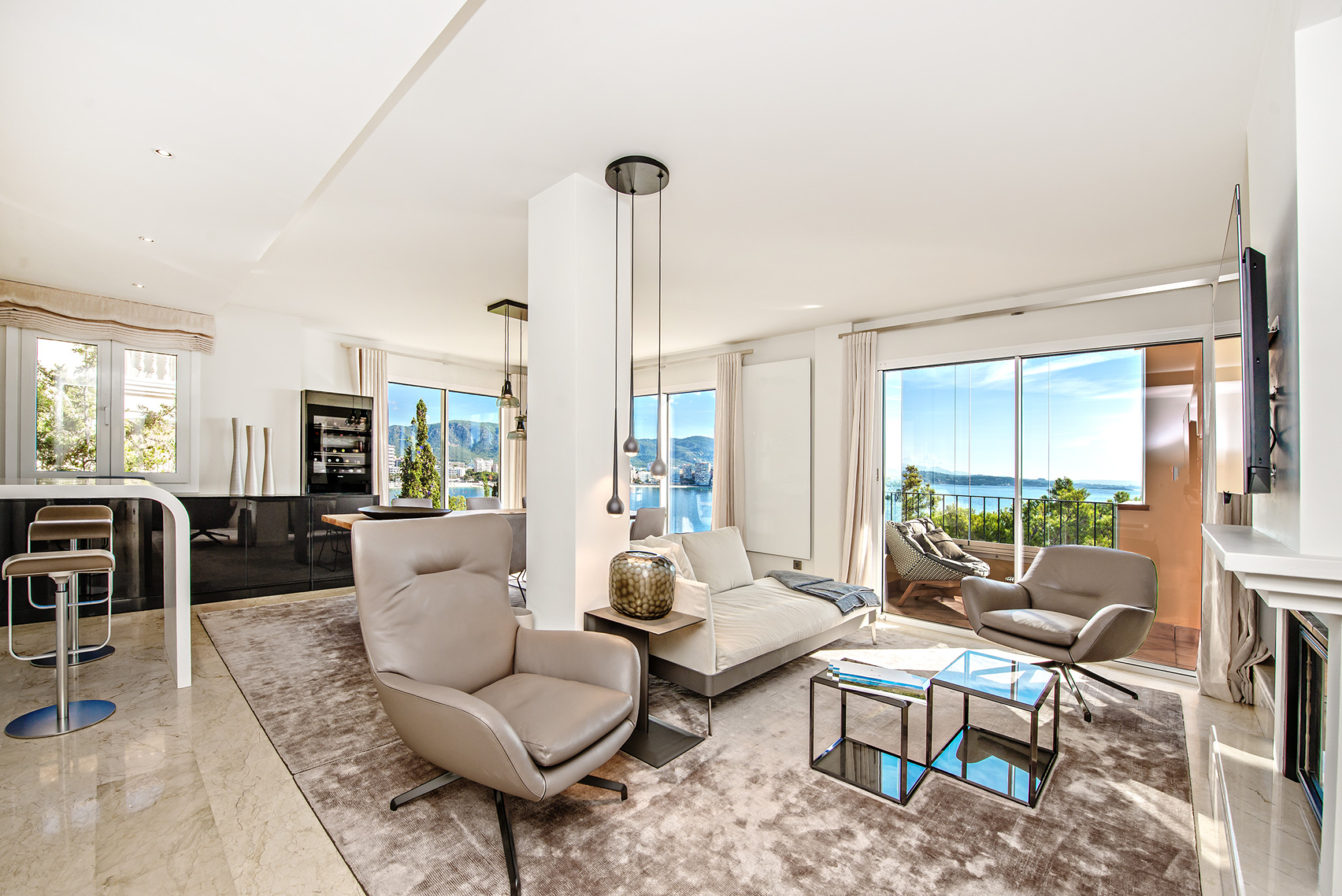 Design-Wohnung-Luxus-Meerblick-Apartment