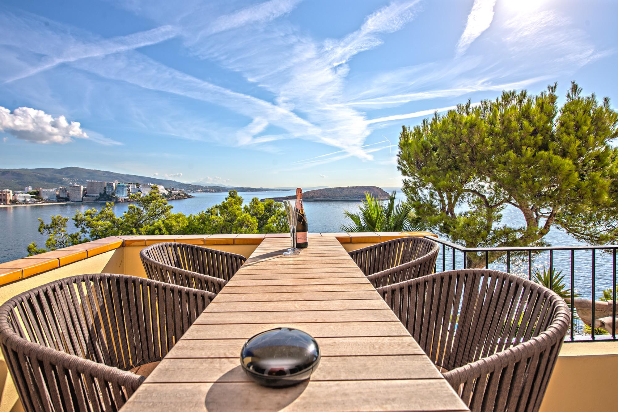 Lifestyle Mallorca sea view Puerto Portals luxury living